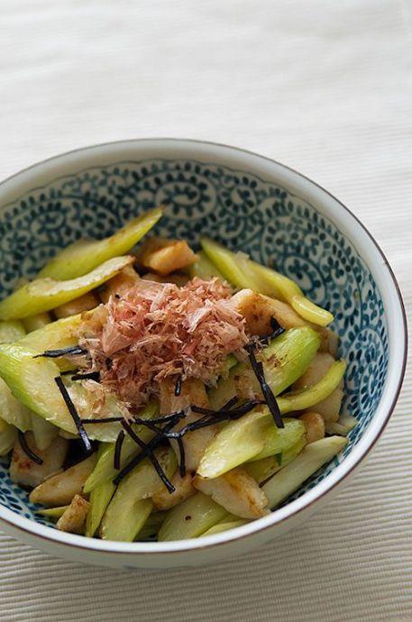 旬セロリとホタテの塩吹き昆布炒め