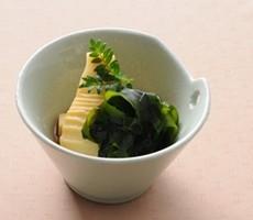 新物わかめと竹の子で若竹煮を作りませんか。