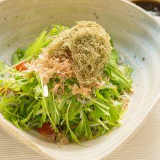 水菜ととろろ昆布のサラダ